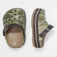 Papuci Crocs Crocband Graphic Clog Dark Camo Green marimea 43,44 M10W12